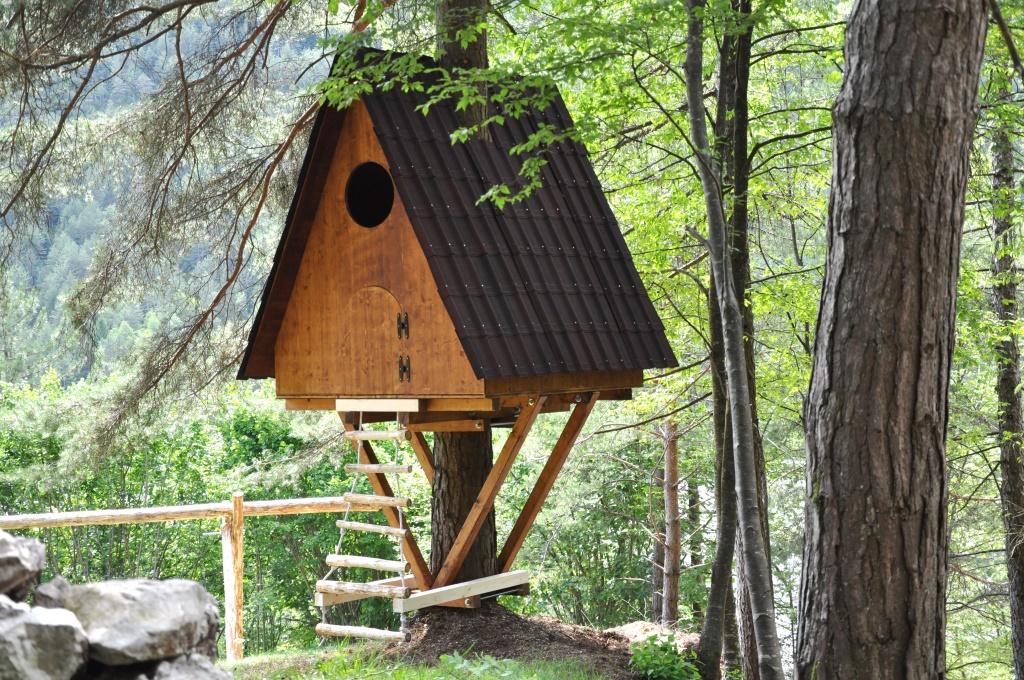 La casetta sull 39 albero per le tue vacanze for Planimetrie semplici della casetta di legno